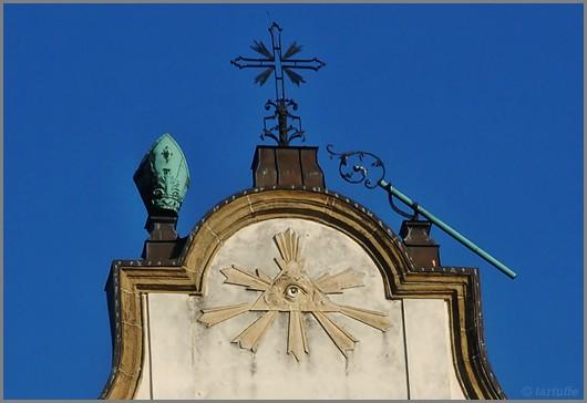 Katedra krakowska, Kraków i wszystkowidzące oko