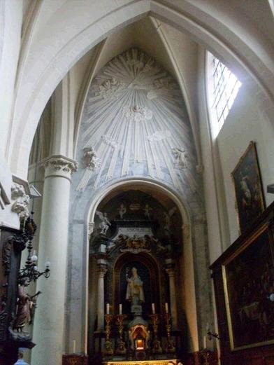 Kościół w Belgii i wszystkowidzące oko